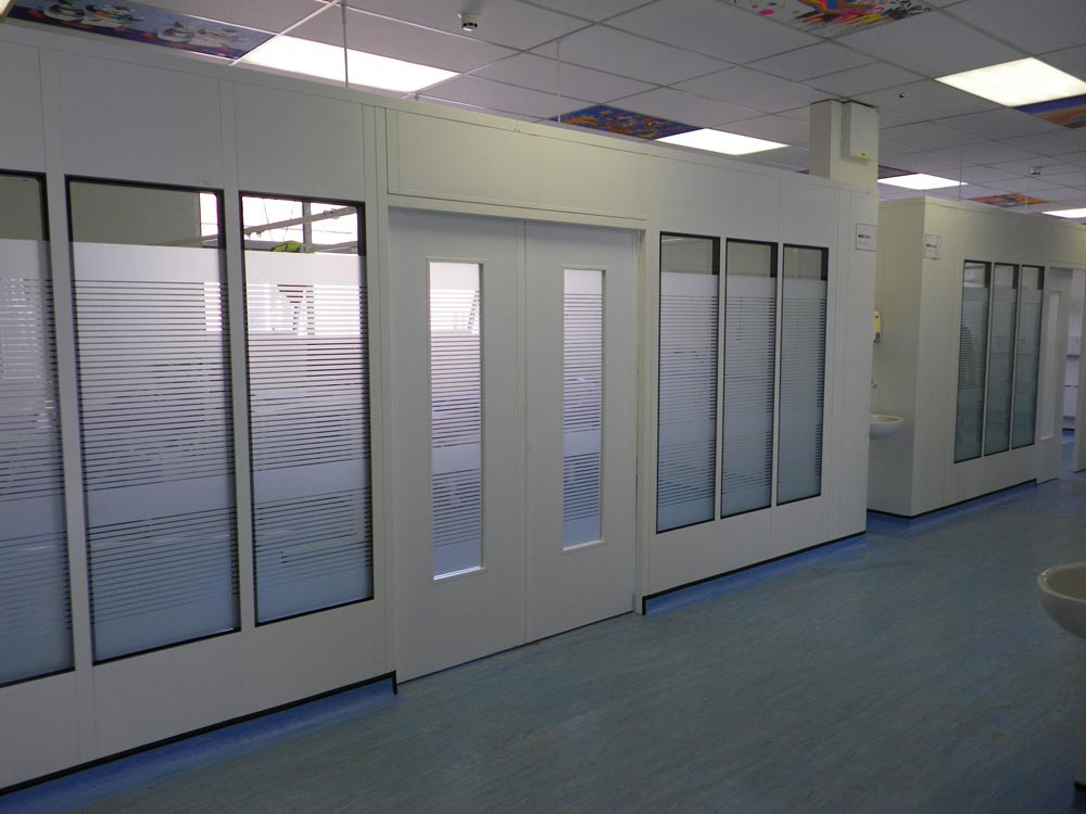 Clean Room Partitions Avanta UK Ltd