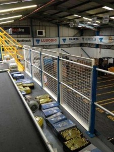 Edge Protection For a Mezzanine Floor with Mesh