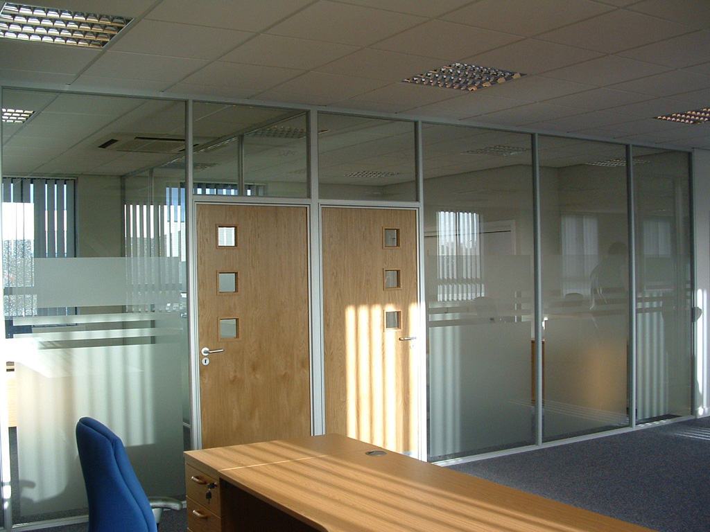 600 Series Office Partitions from Plasterboard and Glass - Avanta UK