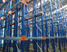 Stow drive In pallet racking