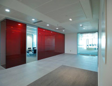 LS90 Coloured office partitions red film