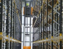 Empty Narrow Aisle Racking For Loading via Truck