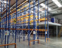 Narrow Aisle Pallet Racking and Mezzanine Floor