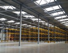 Warehouse Wide Aisle Pallet Racking Installation